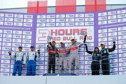 LM P2 podium: Winnaars Mathias Beche, Pierre Thiriet, 2e plaats Pierre Ragues, Nelson Panciatici, 3e