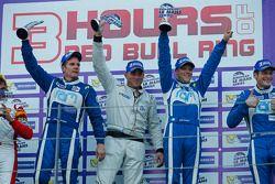 GT podium: Winnaars Johnny Mowlem, Matt Griffin