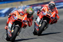 Andrea Dovizioso, Ducati Team; Nicky Hayden, Ducati Team