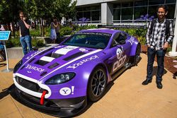 O novo TRG Aston Martin GT3 at Yahoo! Headquarters