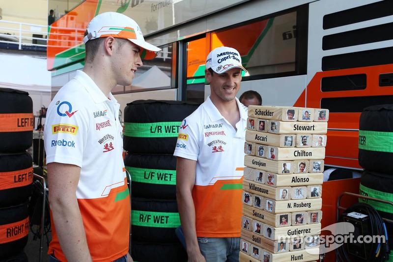 (L naar R): Paul di Resta, Sahara Force India F1 en teamgenoot Adrian Sutil, Sahara Force India F1 s