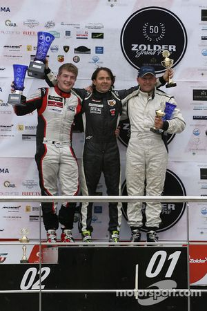 Het podium, from left to right: Gary Hauser, 2e plaats; Ingo Gerstl, 1e plaats; Peter Milavec, 3e p