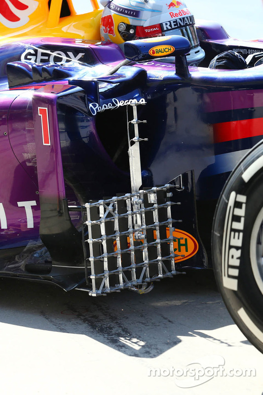 Sensor equipment on the Red Bull Racing RB9 sidepod of Sebastian Vettel, Red Bull Racing
