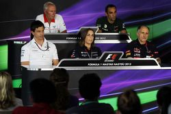 John Booth, Marussia F1 Team ; Cyril Abiteboul, Caterham F1 Team ; Toto Wolff, Mercedes AMG F1 ; Claire Williams, Williams ; Franz Tost, Scuderia Toro Rosso