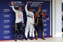 Lewis Hamilton, Mercedes AMG F1 et Romain Grosjean, Lotus F1 Team