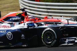 Valtteri Bottas, Williams FW35 et Jules Bianchi, Marussia F1 Team MR02