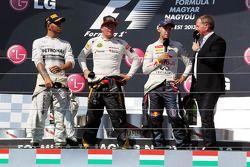 Lewis Hamilton, Mercedes AMG F1; Kimi Räikkönen, Lotus F1 Team; Sebastian Vettel, Red Bull Racing; M