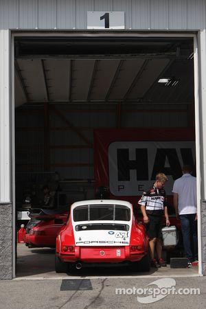 #47 1970 Porsche 911: George Calfo