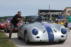 #39 1959 Porsche 356A: John Burgman