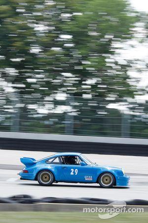#29 1972 Porsche 911RSR: Patrick McGinnis