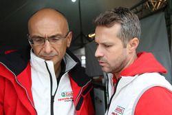 Gabriele Tarquini, Honda Civic, Honda Racing Team J.A.S. y Tiago Monteiro, Honda Civic Super 200
