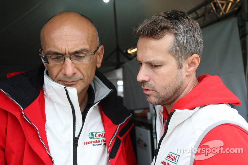 Gabriele Tarquini, Honda Civic, Honda Racing Team J.A.S. e Tiago Monteiro, Honda Civic Super 200