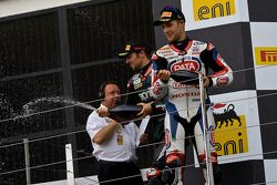Eugene Laverty y Jonathan Rea