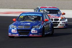 Jose Maria Lopez, BMW 320 TC, Wiechers-Sport and Charles Ng, BMW E90 320 TC, Liqui Moly Team Engstle