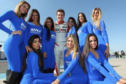 Hugo Valente, SEAT Leon WTCC, Campos Racing e Grid Girls