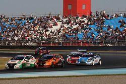 Norbert Michelisz, Honda Civic, Zengo Motorsport e Gabriele Tarquini, Honda Civic, Honda Racing T