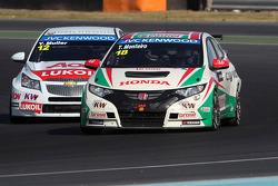 Yvan Muller, Chevrolet Cruze 1.6T, RML and Tiago Monteiro, Honda Civic Super 2000 TC, Honda Racing Team Jas