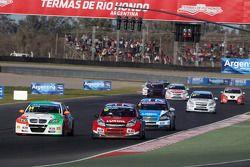 Stefano DAste, BMW 320 TC, PB Racing e James Thompson, Lada Granta, LADA Esporte Lukoil