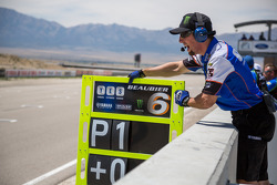#6 Cameron Beaubier pit board reads P1