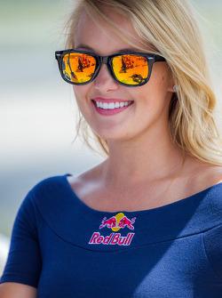 Red Bull grid girl
