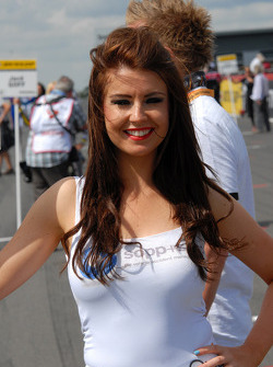 Une gridgirl Welch Motorsport