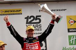 Round 18 Racewinnaar Gordon Shedden