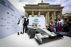 Test driver Lucas di Grassi, Alejandro Agag, CEO, Formula E Holdings, Formula E Berlin presentation