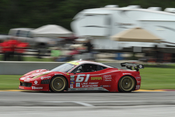 #61 R.Ferri/AIM Motorsport Racing met Ferrari Ferrari 458: Ken Wilden, Jeff Segal