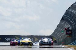 Largada: Marcos Ambrose, Ford lidera