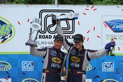 GT vencedores #91 SRT Motorsports Viper: Dominik Farnbacher, Marc Goossens