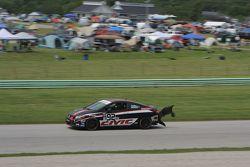 #92 HART Honda Civic SI: Kevin Boehm. Luke Wilwert