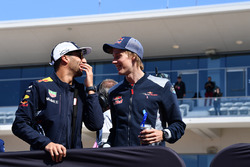 Даниэль Риккардо, Red Bull Racing, и Брендон Хартли, Scuderia Toro Rosso