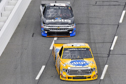 Todd Gilliland, Kyle Busch Motorsports Toyota and Jeb Burton, State Water Heaters/Ward Burton Wildlife Foundation Chevrolet Silverado