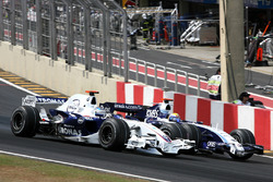 Nick Heidfeld, BMW Sauber F1.07 junto a Nico Rosberg, Williams FW29