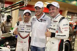 Ganadores de la pole Neel Jani, Andre Lotterer, Nick Tandy, Porsche Team