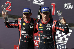 Winnaars Thierry Neuville, Nicolas Gilsoul, Hyundai i20 Coupe WRC, Hyundai Motorsport
