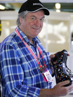 Eski Top Gear sunucusu James May Williams F1 garajında