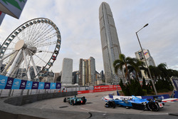 Kamui Kobayashi, Andretti Formula E, leads Nicolas Prost, Renault e.Dams