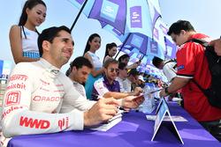 Neel Jani, Dragon Racing, Sam Bird, DS Virgin Racing, sign autographs for fans