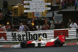 Айртон Сенна, McLaren MP4/4