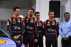 Thierry Neuville, Andreas Mikkelsen, Hayden Paddon, Dani Sordo en Michel Nandan