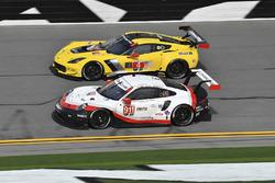 #911 Porsche Team North America Porsche 911 RSR, GTLM: Patrick Pilet, Nick Tandy, Frédéric Makowiecki, #4 Corvette Racing Chevrolet Corvette C7.R, GTLM: Oliver Gavin, Tommy Milner, Marcel Fassler
