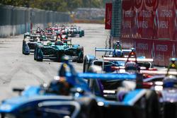 Оливер Тёрви, NIO Formula E Team, и Лукас ди Грасси, Audi Sport ABT Schaeffler