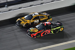 Erik Jones, Joe Gibbs Racing Toyota, Martin Truex Jr., Furniture Row Racing Toyota