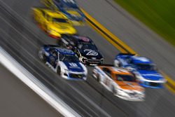 Alex Bowman, Hendrick Motorsports Chevrolet Camaro, Trevor Bayne, Roush Fenway Racing Ford Fusion