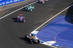 Андре Лоттерер, Techeetah, Алекс Линн, DS Virgin Racing, и Антониу Феликс да Кошта, Andretti Formula E Team