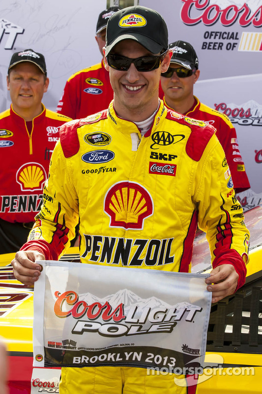 Polesitter Joey Logano, Penske Racing Ford