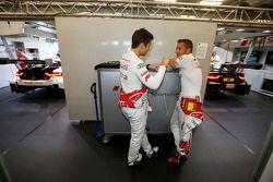 Adrien Tambay, Audi Sport Team Abt Audi A5 DTM e Timo Scheider, da Audi Sport Team Abt Sportsline Au