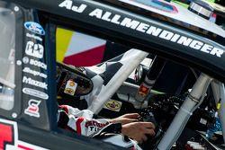Le vainqueur AJ Allmendinger