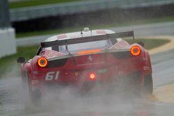 #61 R.Ferri/AIM Motorsport Racing met Ferrari Ferrari 458: Ken Wilden, Jeff Segal